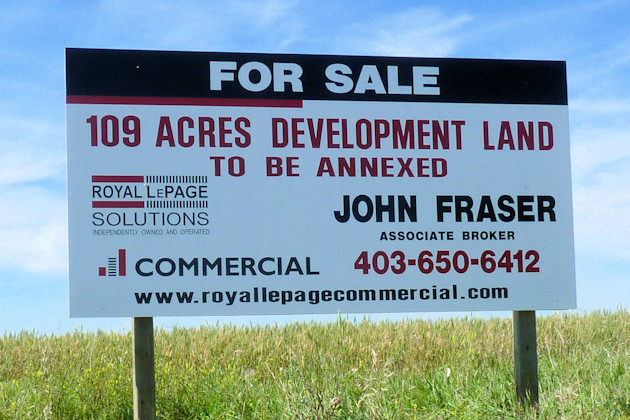 Schultz Signs - Lawn & Real Estate Signs